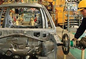 Công nghiệp ô tô: Bất đồng trong chính sách thuế 1