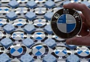 Cuộc Đua BMW vs Mercedes: Xe Ai Rẻ, Kẻ Đó Thắng 11 Thanh Phong Auto HCM