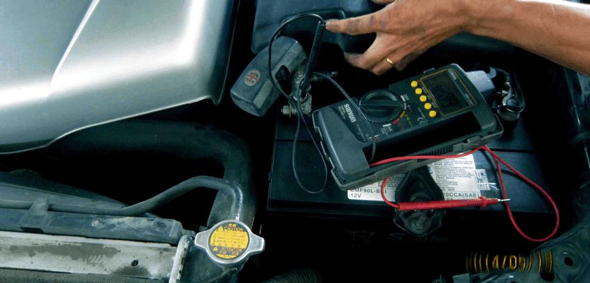 Kiểm tra bình điện ắc-quy 1