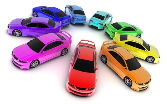 Màu xe là điều được người dùng quan tâm hàng đầu khi mua xe ô tô