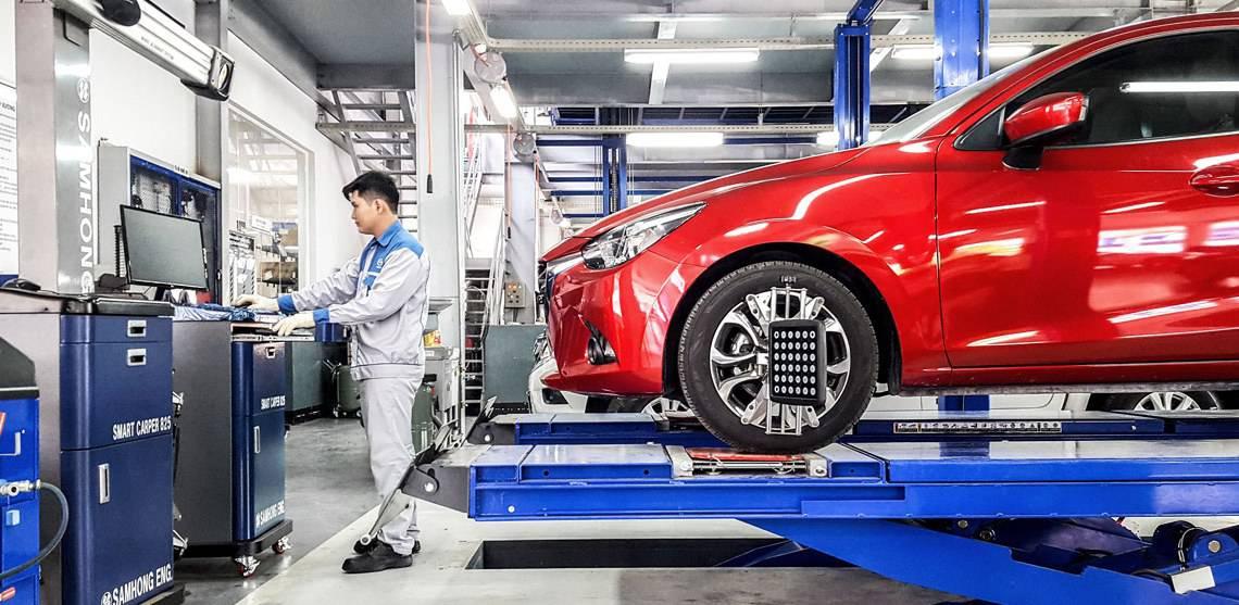 Nên tham khảo giá bảo dưỡng nhựa xe ô tô từ các garage uy tín