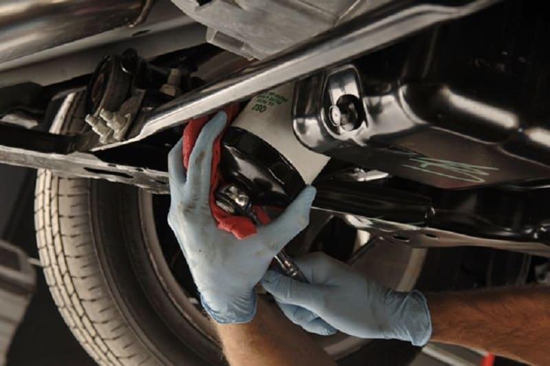Các vấn đề bạn cần lưu ý khi thay, bảo dưỡng lọc nhớt xe ôtô