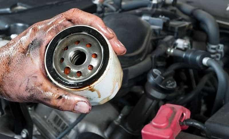 Tuân thủ quy trình thay, bảo dưỡng lọc nhớt xe ô tô