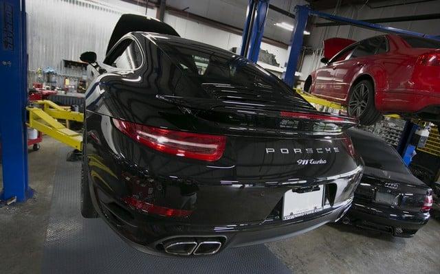 Học hỏi ngay 4 kinh nghiệm bảo dưỡng xe ô tô Porsche