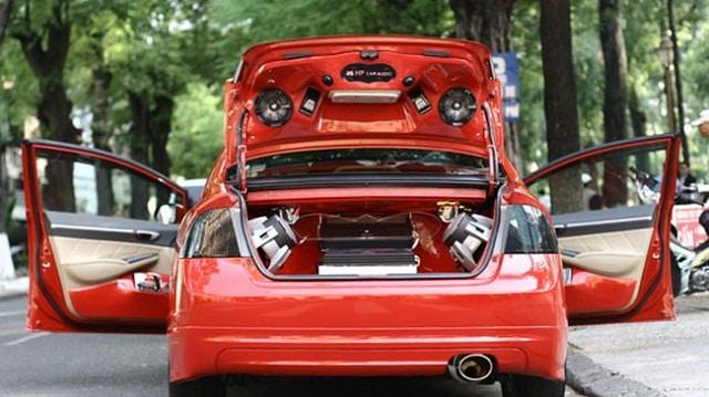 Độ âm thanh cho xe ô tô tùy theo khả năng kinh tế