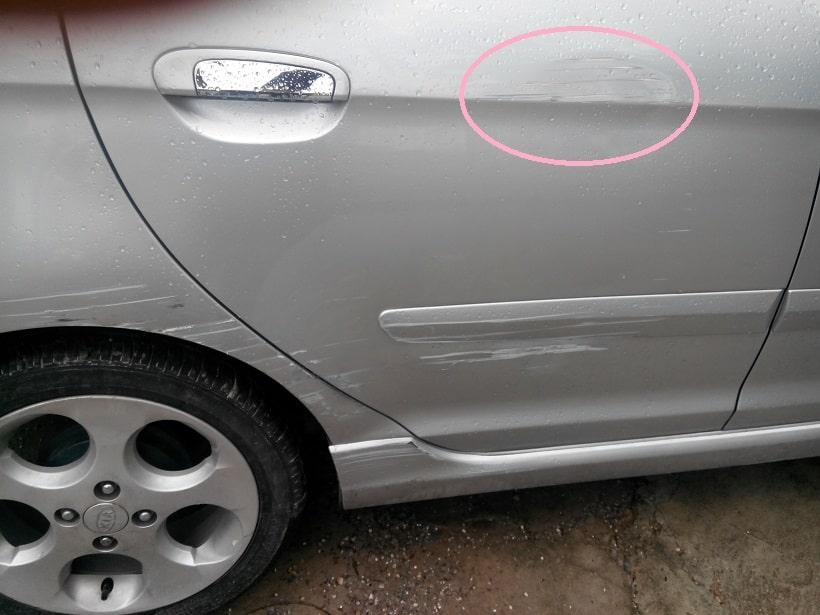 Bạn nên tìm đến garage chuyên đồng sơn xe ô tô uy tín và có bề dày kinh nghiệm