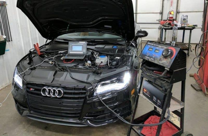 Nên sửa chữa, bảo dưỡng xe ô tô Audi định kỳ để chiếc xe luôn hoạt động tốt