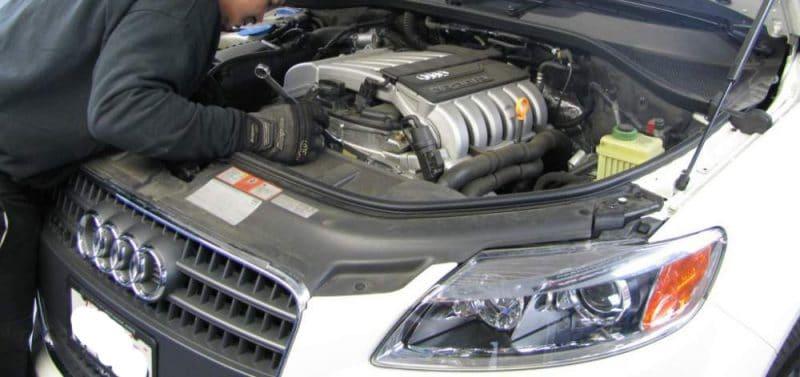 Nên đưa xe Audi đi sửa chữa khi phát hiện các dấu hiệu hộp số bị hư hỏng