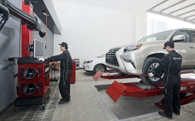 Nên tìm đến garage có nhiều năm kinh nghiệm khi sửa chữa, bảo dưỡng xe ô tô Lexus