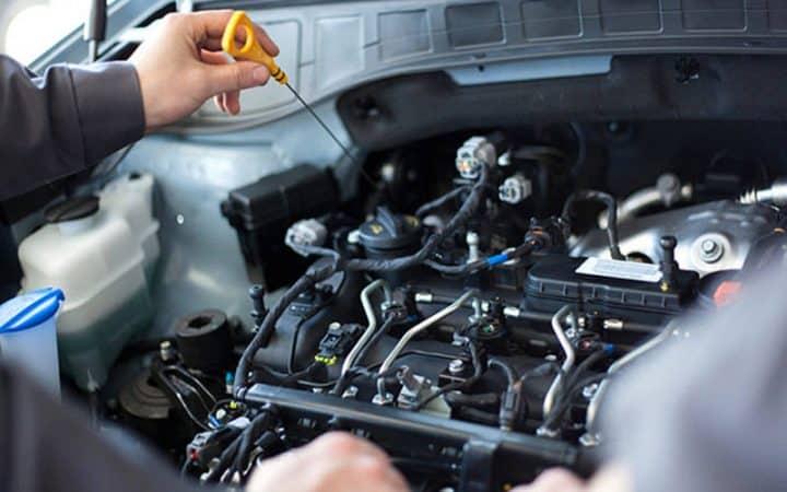 Các bạn nên tìm đến trung tâm sửa chữa, bảo dưỡng xe ô tô Fiat uy tín