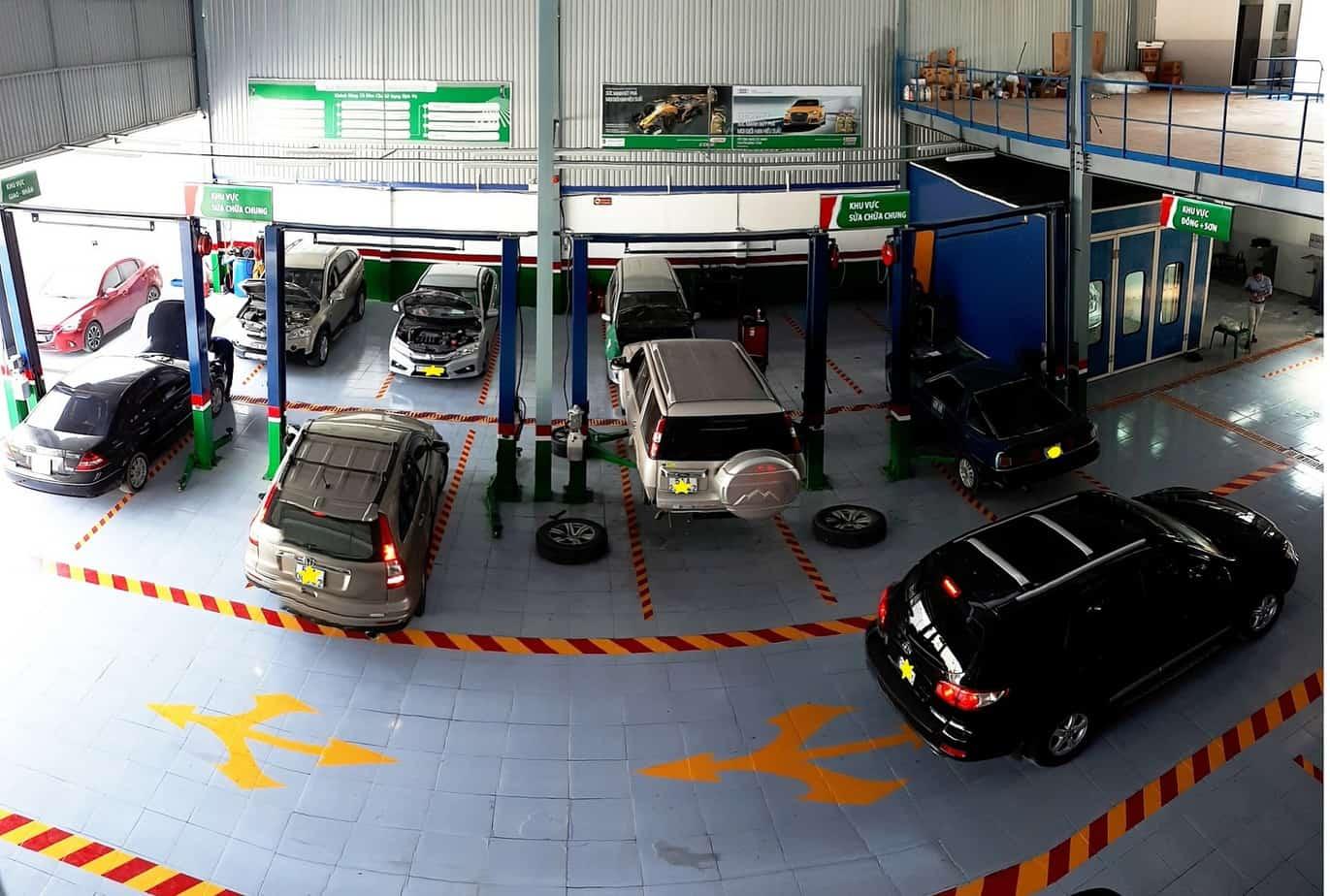 Nên chọn trung tâm sửa chữa, bảo dưỡng xe ôtô Hummer có nhiều năm kinh nghiệm