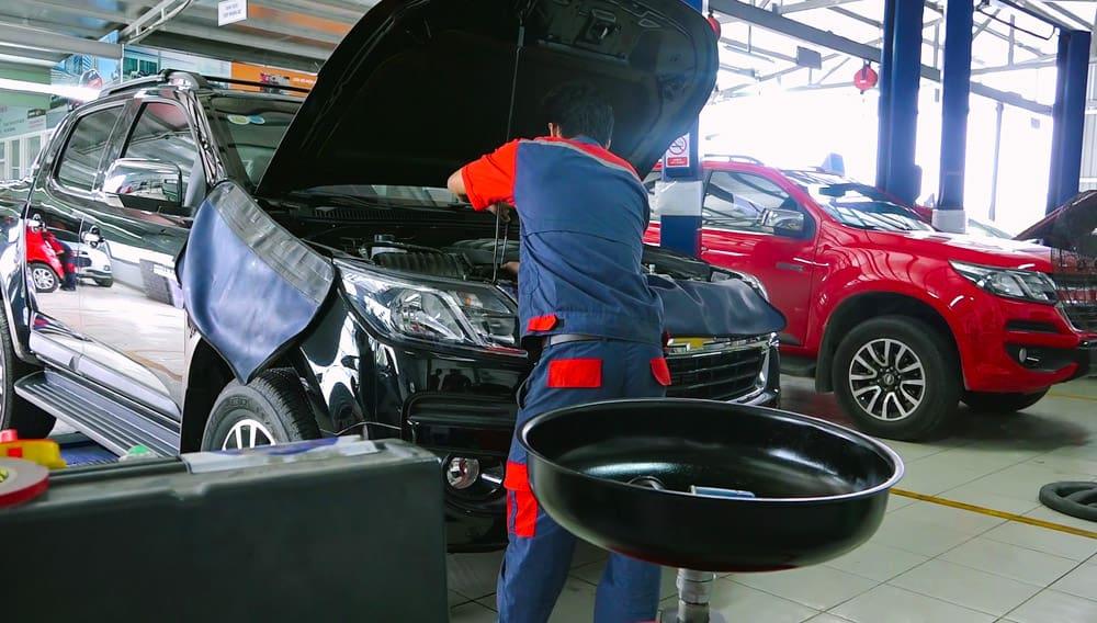 Các bạn có thể tìm hiểu trung tâm sửa chữa, bảo dưỡng xe ôtô Vinfast thông qua việc tới trực tiếp trung tâm