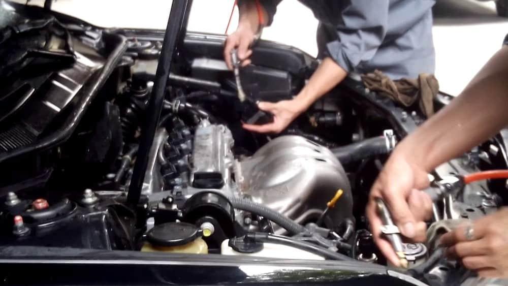Tới tận garage để quan sát thực tiễn và đánh giá năng lực của kỹ thuật viên