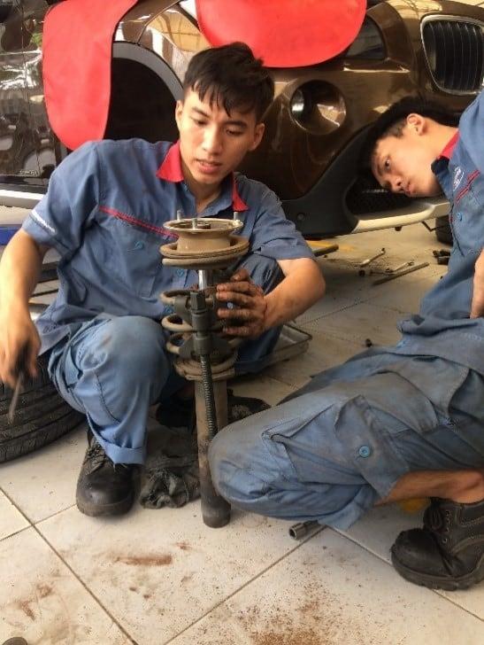 Kiểm tra và sửa chữa hệ thống treo