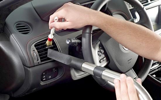 Vệ sinh - Bảo dưỡng nội thất ô tô 8