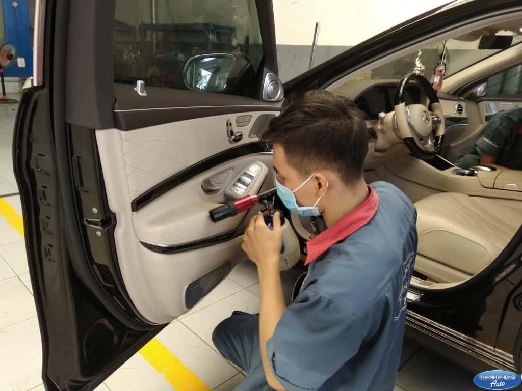 Vệ sinh - Bảo dưỡng nội thất ô tô 1