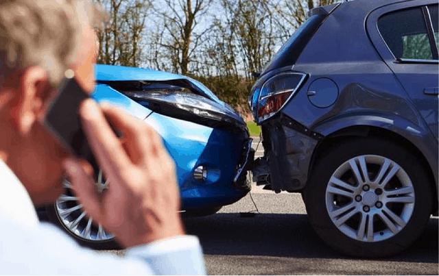 Các bạn nên chú ý tới ý kiến phản hồi của khách hàng để chọn được công ty bảo hiểm uy tín