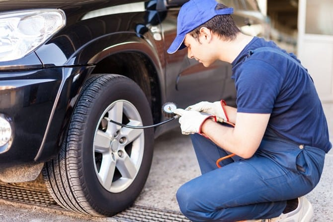When Is Your Car Time To Change Tires 4 Thanh Phong Auto HCM