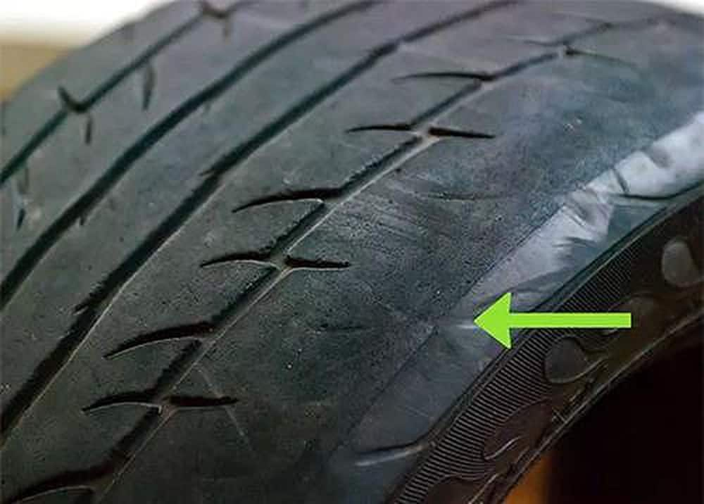When Is Your Car Time To Change Tires 5 Thanh Phong Auto HCM