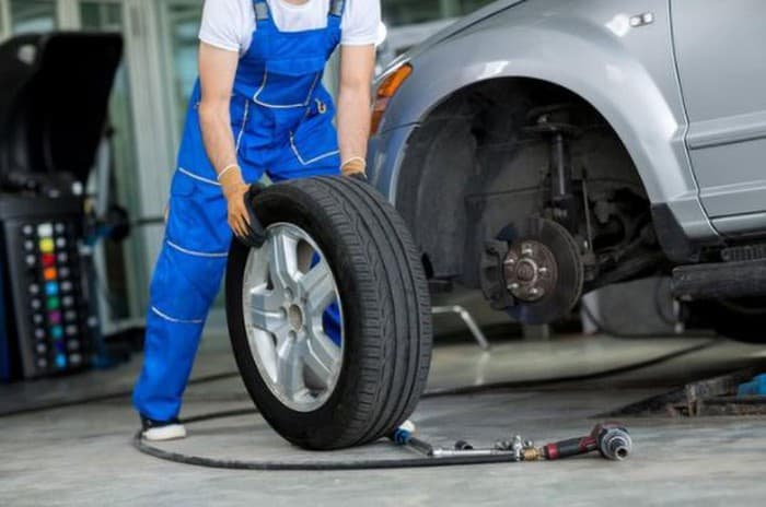When Is Your Car Time To Change Tires 6 Thanh Phong Auto HCM