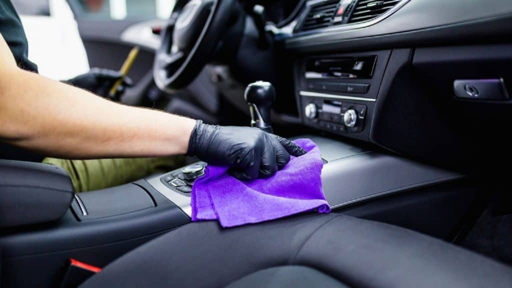 Car Cleaning and Disinfecting Efficiently During the Translation Season Covid 19 1 Thanh Phong Auto HCM