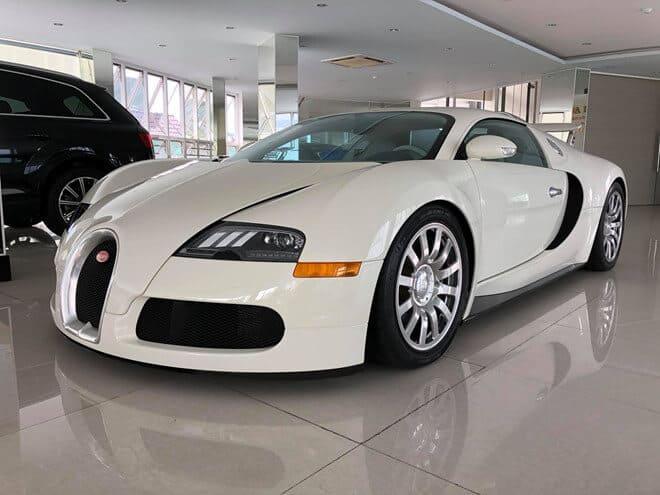 Bật Mí 6 Sự Thật Thú Vị Về Siêu Xe Bugatti Veyron 2