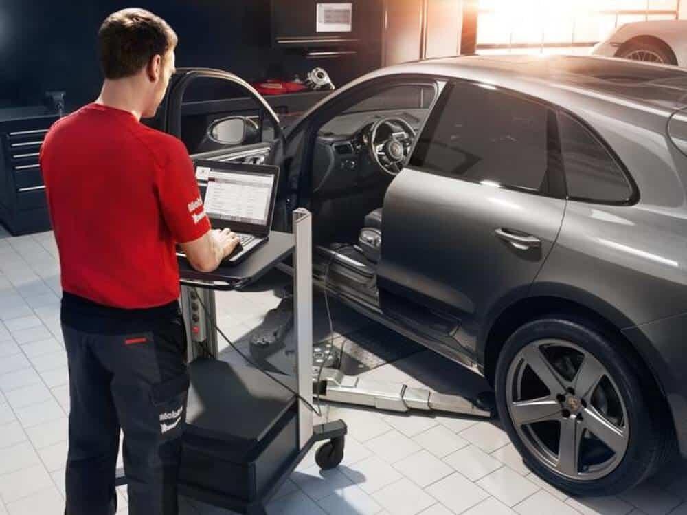 4 Lưu Ý Khi Sửa Chữa Bảo Dưỡng Xe Ô Tô Porsche 5 Thanh Phong Auto HCM