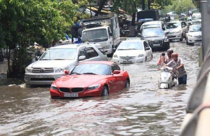 Ô Tô Bị Ngập Nước Do Mưa Lũ Có Được Bảo Hiểm Trả Tiền Sửa Xe Không 7 Thanh Phong Auto HCM