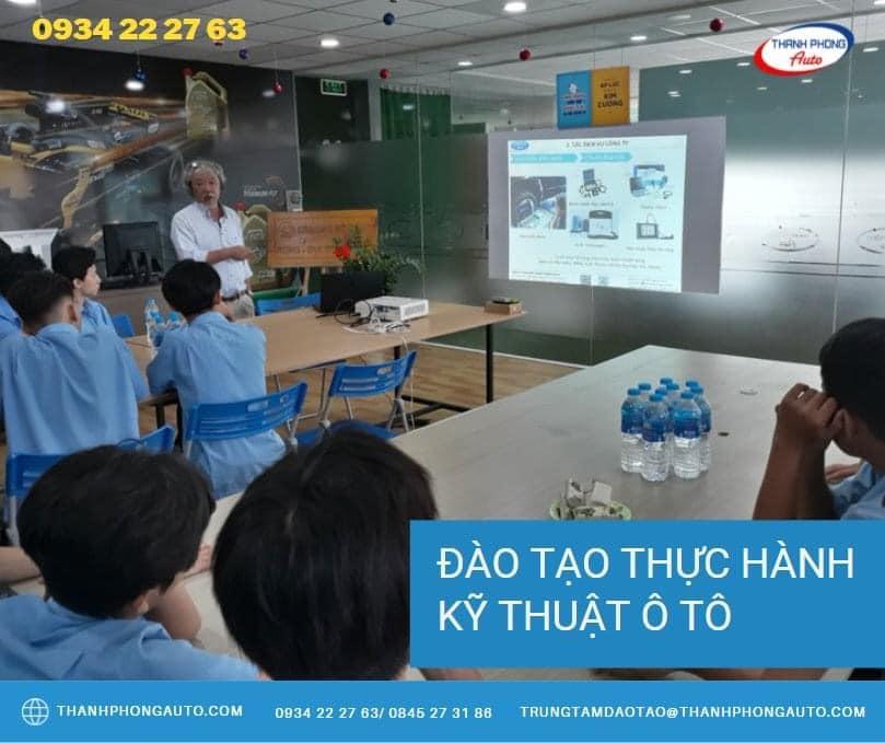 học sữa chữa ô tô tại HCM