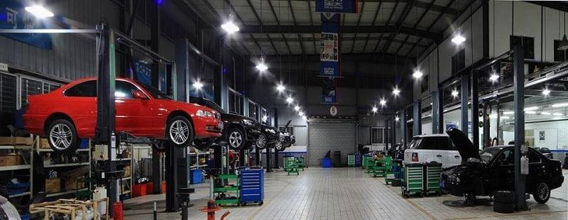 prestigious car repair and maintenance garage in District 7