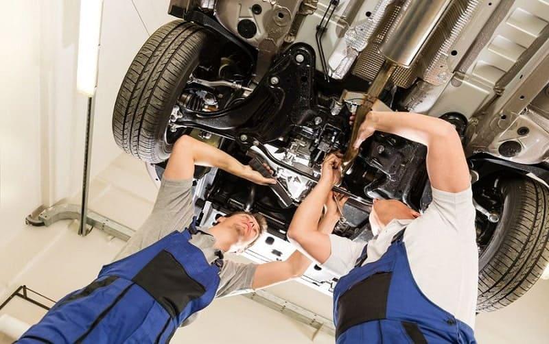 gara sửa chữa bảo dưỡng ô tô quận 8